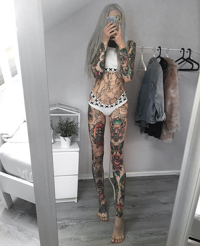Hot, hotter, she – Jay Herloom –