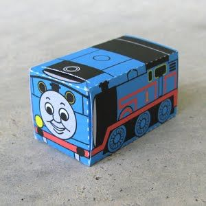 DIY paper toy - Thomas the tank engine
