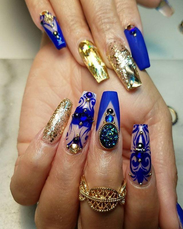 Best 25+ Royal blue nails ideas on Pinterest | Royal blue ...