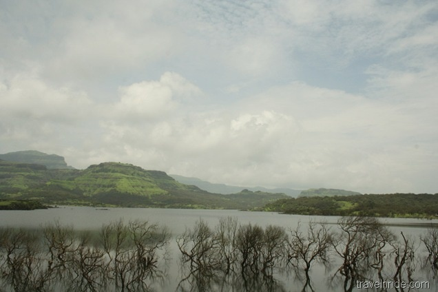 Bhandardara Lake & Hills  im going here sooooon  soooo excited