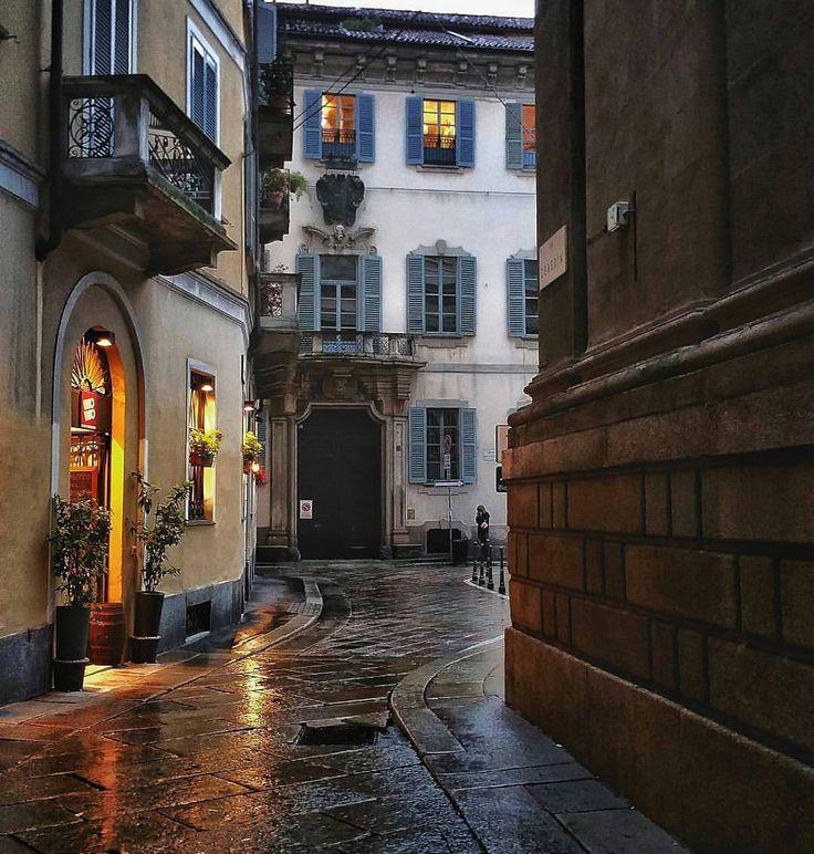 Via Zebedia, Milano