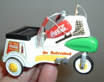 Coca Cola Soda COKE >> Pop Tricycle Bike Die-Cast MINt