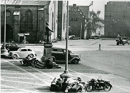 Members of the resistance movement in fight with German soldiers. Flakhaven in Odense. 5th of May 1945.