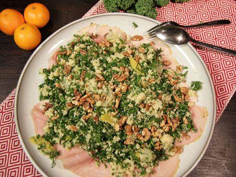 Annandagssallad med julskinka och apelsindressing | Recept.nu