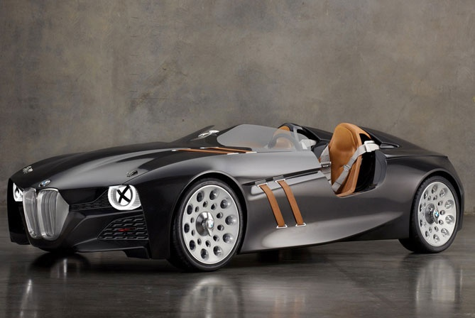 This is by far one of the sexiest cars I have ever laid eyes on! Great vintage meets bat mobile look BMW -328-Hommage-3