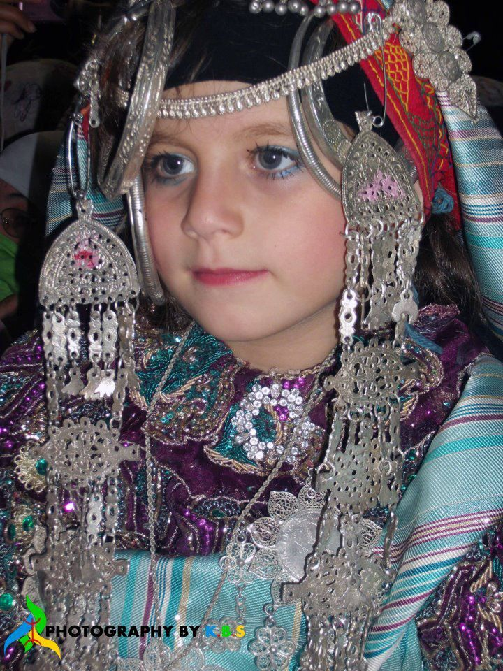 Africa | Amazigh girl from Libya | Photography by KBS