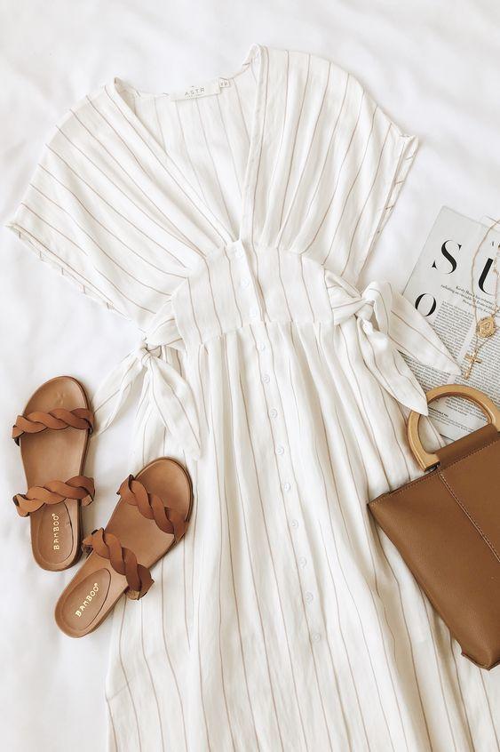 Sierra White und Taupe Striped Midi Dress