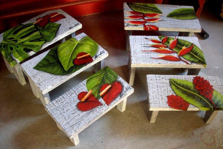 Pintura em jogo de mesinhas