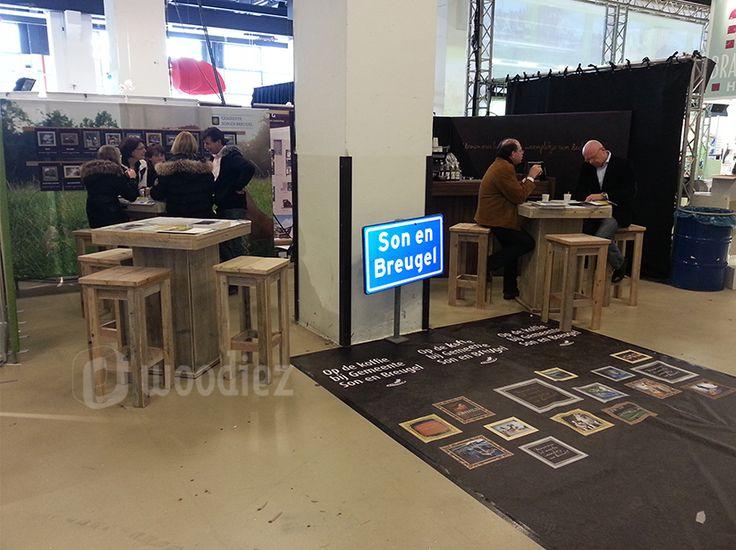 1000 idee n over lage tafels op pinterest meubelontwerp ontwerp tafel en stalen meubelen - Tafel een italien kribbe ontwerp ...