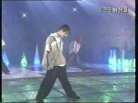OMG! Seo Taiji Boys Hayoga 1993! Seo Taiji was the first Kpop groups paving the way for the groups that exist now. They were known for creating music ahead of their times. You'll notice the founder of YG Family, Yang Hyun-suk, in the background!