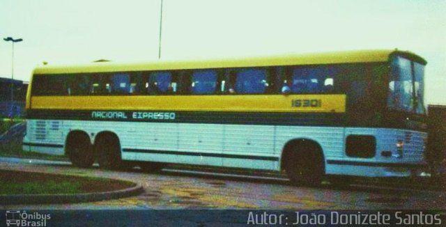 Ônibus da empresa Nacional Expresso, carro 16301, carroceria Cobrasma Trinox, chassi Scania K112TL. Foto na cidade de - por Autor: João Donizete Santos, publicada em 04/11/2012 18:10:42.