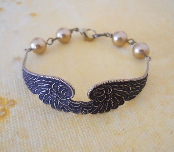 Free Shipping  Wings of Peace Bracelet by BeadsStory on Etsy, $19.00