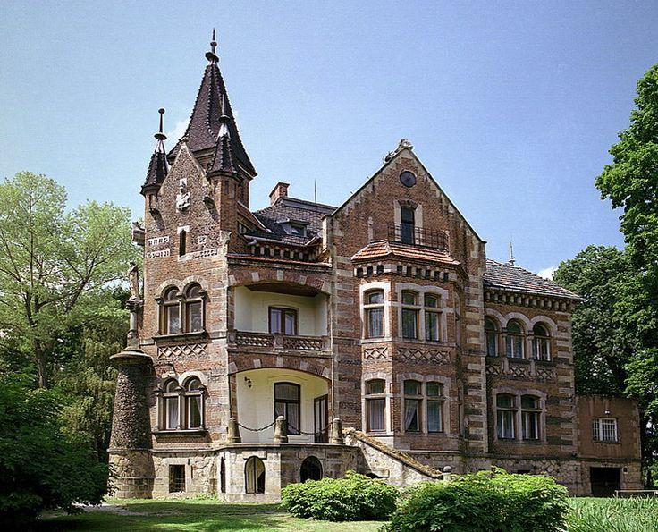 Pałac w Grodkowicach