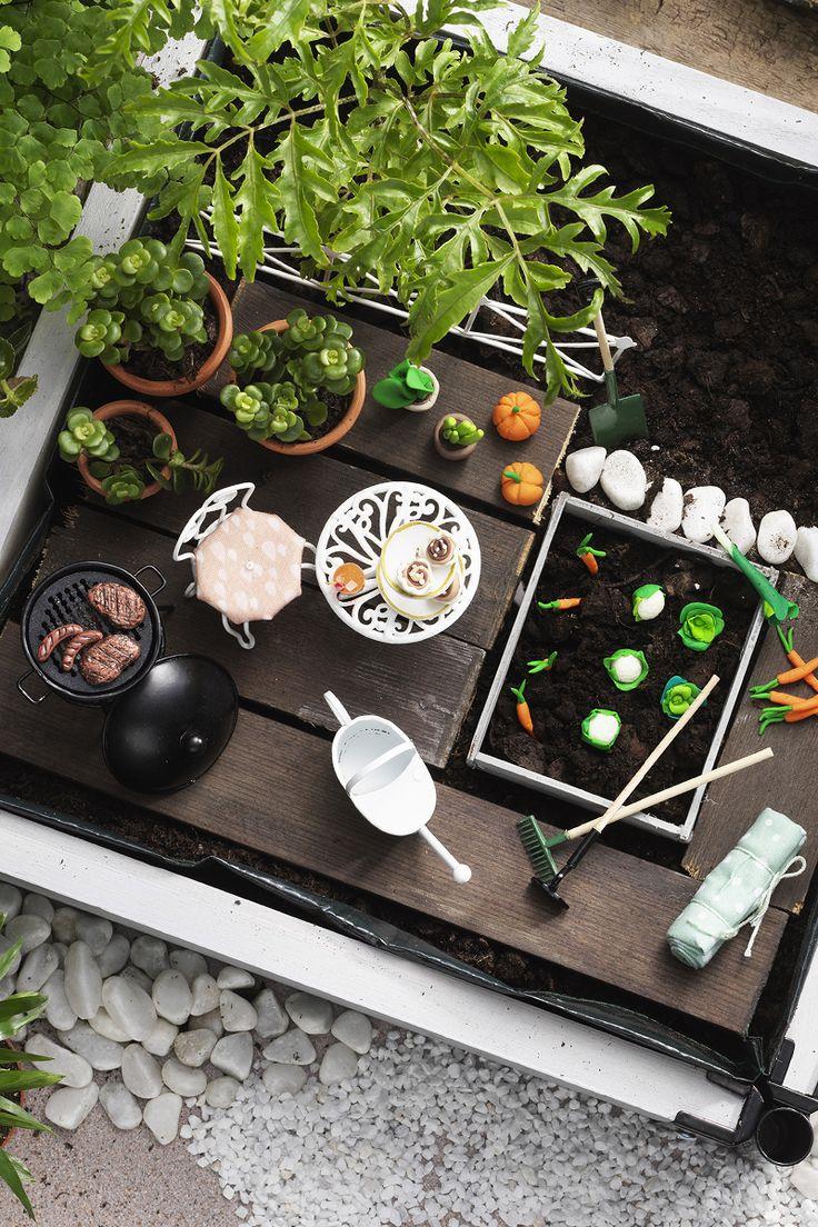 Miniature garden  www.panduro.com #DIY #chair #table #vegetables