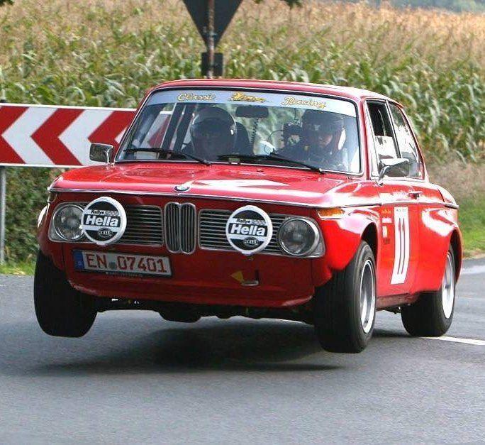 Gut 2.165 Kommentare, 41 Kommentare - BMW 2002 (0 ==[][]== 0) Instagram-Account (@ 2002fanatic): `` 1 Reifen-Kontakt .... # bmw2002 #bmw ...