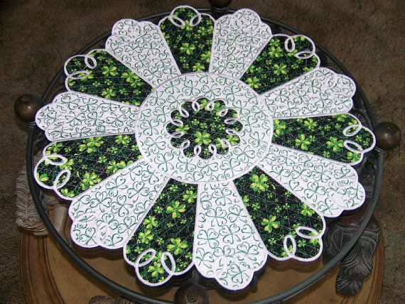 Special occasion table topper quilted spring irish st for Round table runner quilt pattern