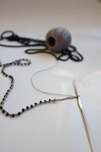 Tutorial - how to make crochet beads jewelery