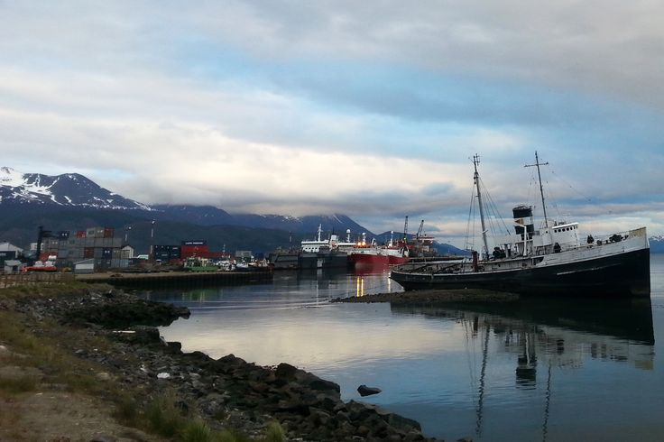 Spring in the southernmost town of the world and a last-minute deal to Antarctica. Ushuaia, Argentina. - Latinamerikaliv