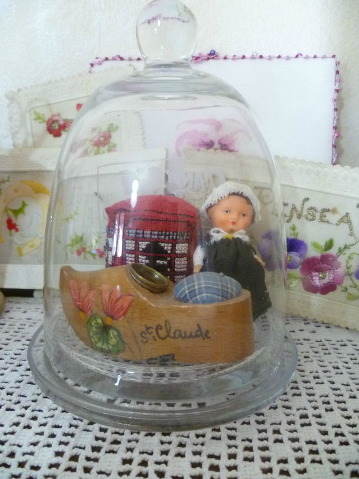 broderie sous cloche