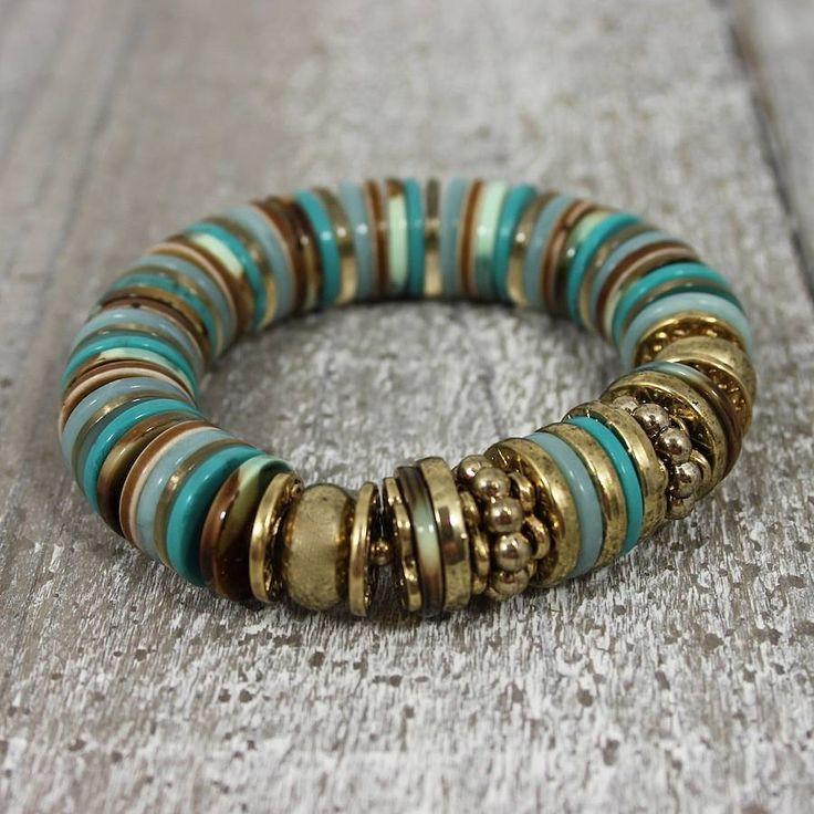 original_turquoise-buttons-bracelet.jpg 900×900 pixels