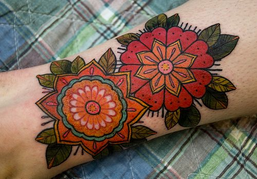 so vibrant!Tattoo Ideas, Colors Flower, Pattern Tattoo, Tattoo Pattern, Flowertattoo, Tattoo Flower, Flower Tattoo Design, Design Tattoo, Floral Tattoo