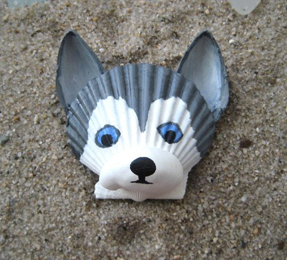 Husky magnet. Grey and white seashell husky by Lorishellart