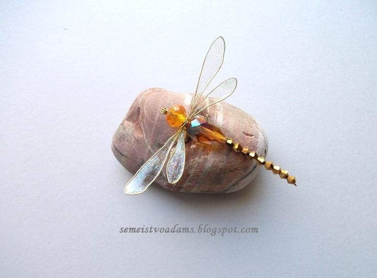 Wire Dragonfly with nail polish / Стрекоза из бисера и лака для ногтей