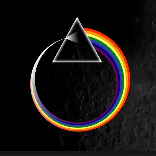 SE DISPERSA EN EL PRISMA LA LUZ BLANCA // Dios a la vez es persona y no es persona; la frontera está en la contingencia: en paso de la esencia a la existencia. Dios se vuelve contingente a así olvidarse de que no puede a sí mismo conocerse sino a través del juego de contrarios, y la Unidad de la luz blanca pura pasa el prisma y en Dos polos se sueña: Yin y Yang, eléctrico y magnético, macho y hembra. D…—…