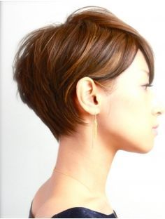 side view of pixie cut