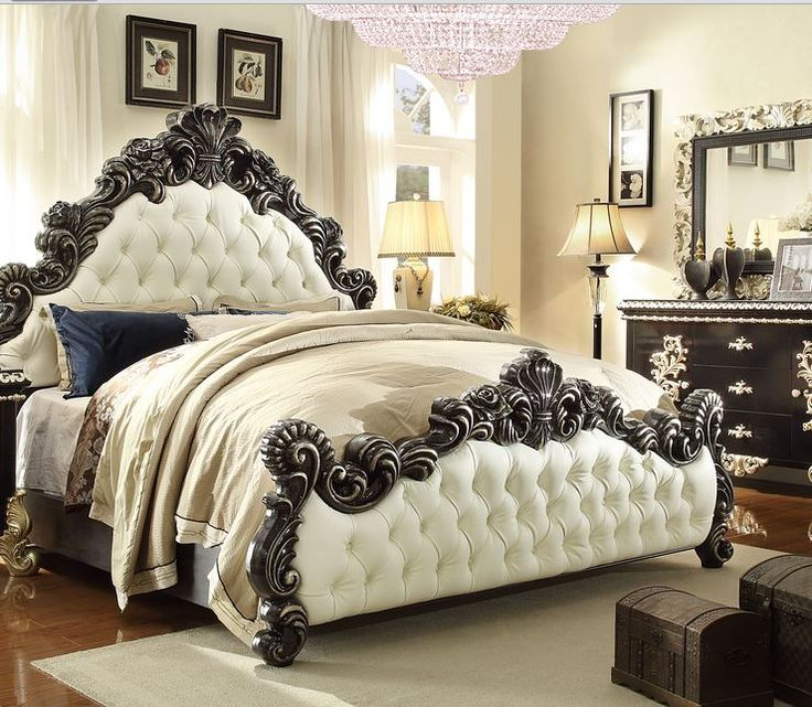 Luxury Homey Design 1208 Ebony/Silver Traditional King Bed