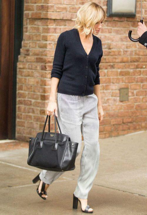 ~1/12 #シエナ・ミラー #Vネックカーディガン #ストライプパンツ #ストラップサンダル |海外セレブ最新画像・私服ファッション・着用ブランドまとめてチェック DailyCelebrityDiary*