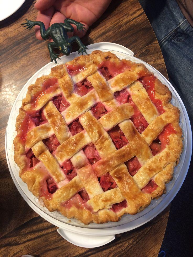 Strawberry Rhubarb Pie from scratch!