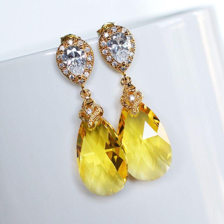 Handmade Swarovski Crystal Yellow Lt Topaz Pear Dangle Earring (Sparkle-2194-U)