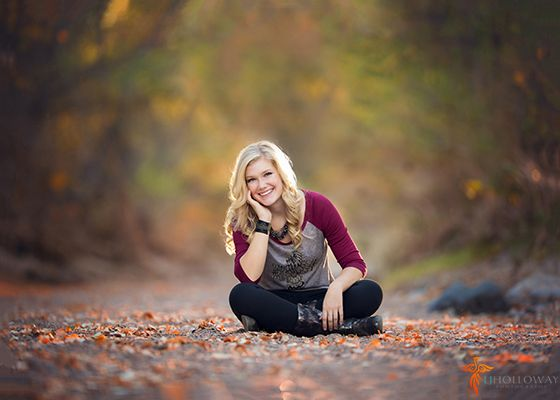 How to Boost Confidence During a Senior Portraits Sessnion // Belovely You