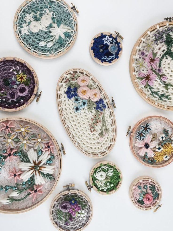 I love the wire crochet and wool embroidery hoop art by Andy of O&Y Studio ... more info in this interview!