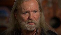 В американском городе Саванна (штат Джорджия) на 69 году жизни скончался американский певец и клавишник Грегг Оллман (Gregg Allman), автор песен и один из основателей группы The Allman Brothers Band. В 1999 году ему был поставлен диагноз гепатит С, а в 2010 году проведена операция по...