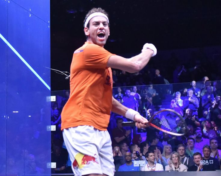 Enjoy yourself on the court!  One amateur fault Laura identified in this week's playlist was that she often sees players getting worked up and looking like their hating every minute. Remember that we play squash for fun and the more fun your having, the better you'll play!