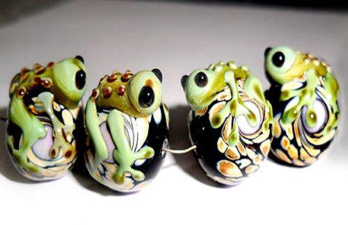 Handmade Lampwork Glass Beads Frog 15mm x 14 mm 4 Beads