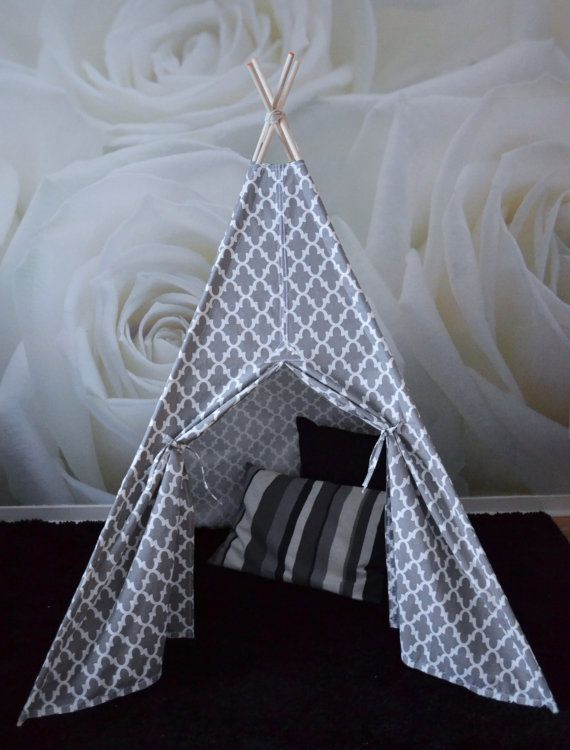 RESERVED CHRISTINE BÉLANGER Teepee play by RomaSkyeConfections