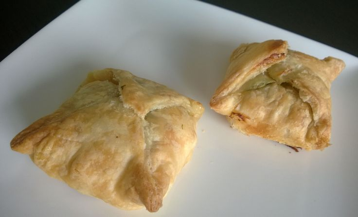 Puff pastry with feta, salmon and spinach http://bit.ly/Recipe4share