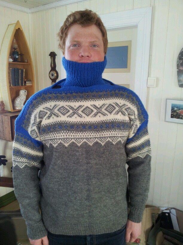"""Marius sweather"" (not original colors). Separate neck warmer."