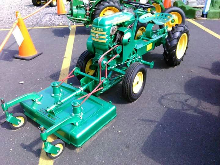 Small Tractors, Lawn Tractors, Antique Tractors, Vintage Tractors, Garden  Tractor Attachments, Dodge Power Wagon, Lawn Care, Agriculture, Farming