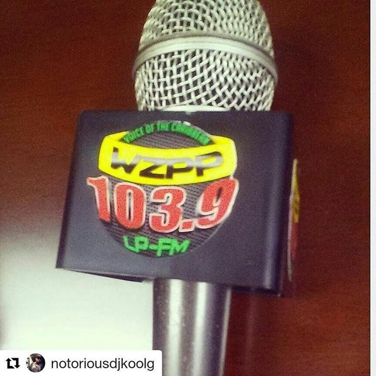 Credit to @notoriousdjkoolg ・・・ 90s Dancehall is on right now!! Tune to WZPP 103.9FM on tune in app! DJ KOOL G is in the mix! Don't miss it!! also www.wzppradio.com #dancehall  #jamaica #bahamas #trinidad #haiti #wzpp #wzppradio .  .  . #Hollywoodtapfl #HollywoodFL #HollywoodBeach #DowntownHollywood #Miami #FortLauderdale #FtLauderdale #Dania #DaniaBeach #Aventura #Hallandale #HallandaleBeach #PembrokePines #Miramar #Broward (at Hollywood, Florida)
