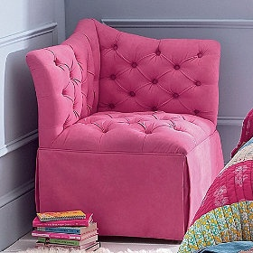 fun little chair: Girl Room, Tufted Corner, Chairs, Girls Room, Corner Chair, Rooms, Bedroom Ideas