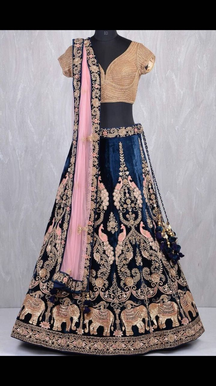 04ee919d59b Custom made lehengas Inquiries➡ nivetasfashion gmail.com whatsapp  +917696747289 Direct from INDIA Nivetas Design Studio We ship worldwide 🌎  At very ...