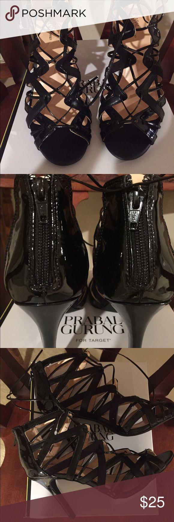 NIB REDUCED Ladies Strap Heels 👠 Brand New!! Sexy strap up, zip back, tie up heels. Patin look. Shoes Heels
