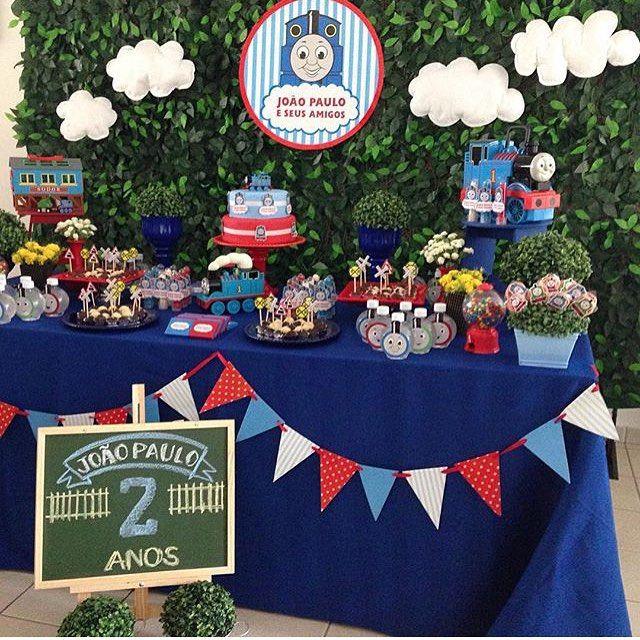 Uma graça essa festa Thomas e Seus Amigos por @craftworkspapers_erica  #kikidsparty