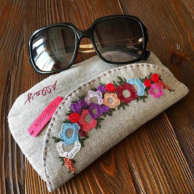 -2016/12/29 뒤늦은 선글라스케이스 또는 다용도 자수 파우치 . . . . . By Alley's home #embroidery#knitting#crochet#crossstitch#handmade#homedecor#needlework#antique#vintage#pottery#flower#ribbonembroidery#quilt#프랑스자수#진해프랑스자수#창원프랑스자수#마산프랑스