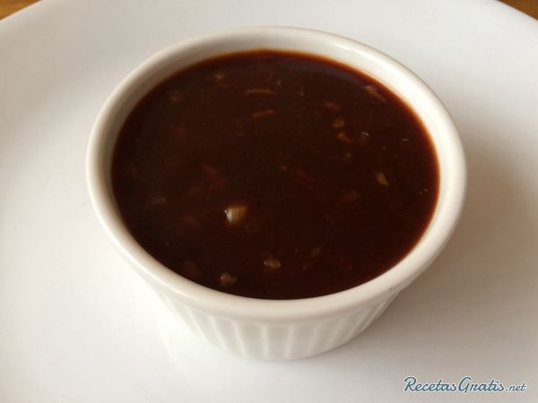 Aprende a preparar salsa de mandarina para carnes con esta rica y fácil receta.  La mandarina al igual que otros cítricos acompaña muy bien las carnes blancas como l...