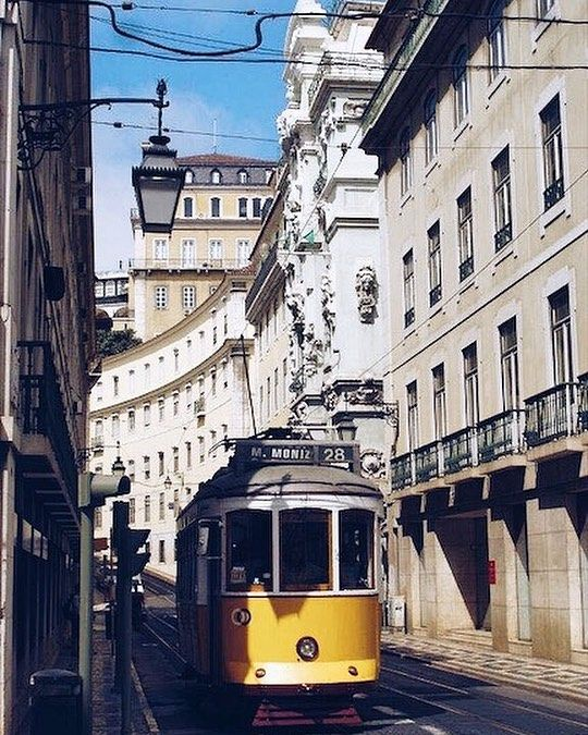 Tram 28 🚋🇵🇹#lisboa #portugal #tbt #throwbackthursday #holiday #summer #beautiful #photooftheday #vscocam